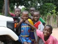 des enfants congolais ne seront pas adoptés pendant une année par des étrangers