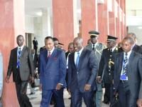 Kabila et Sassou font leur entrée dans la salle du Congrès le 23 octobre 2013